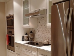 One Piece Beautiful Stone Backsplash